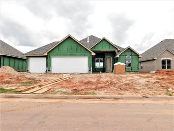 4221 Silver Maple Way, Oklahoma City, OK, 73179,