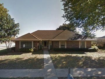 14224 Heritage Circle, Edmond, OK, 73013,