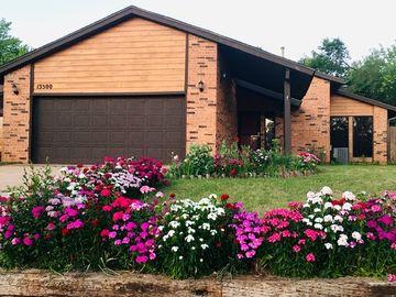 13500 Fox Hollow Ridge, Oklahoma City, OK, 73131,