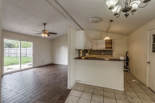 7504 NW 25th Street