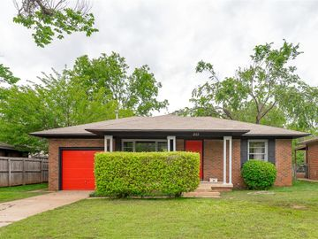 2113 Hasley Drive, The Village, OK, 73120,