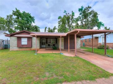 507 Meadow Lake Drive, Edmond, OK, 73003,