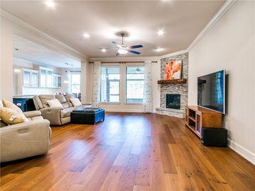 Sunny Living Room, 2224 NW 187th Street, Edmond, OK, 73012,