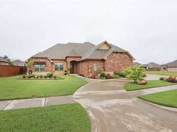 3817 Hunter Glen Drive, Oklahoma City, OK, 73179,