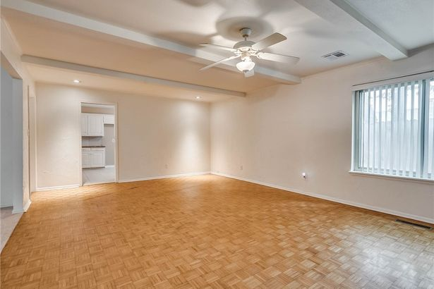 2524 NW 119th Street