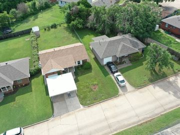 6712 N Ross Avenue, Oklahoma City, OK, 73116,