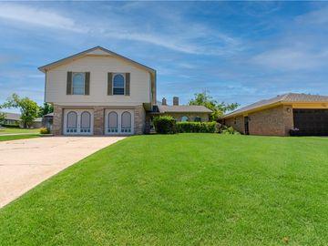 7135 N Comanche Avenue, Warr Acres, OK, 73132,