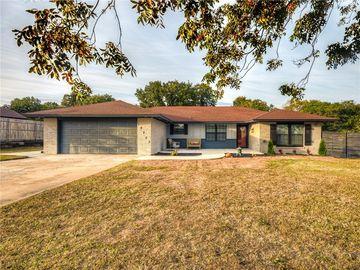 18203 Ridgewood Avenue, Choctaw, OK, 73020,