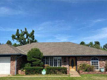 6448 N College Avenue, Oklahoma City, OK, 73132,