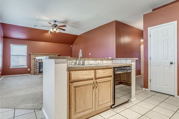 2401 NW 164th Terrace