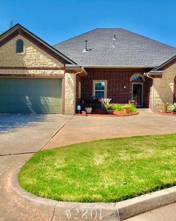 2801 Silver Glade Road Oklahoma City, OK, 73120