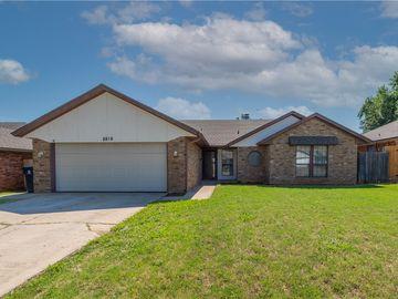 8816 Dena Lane, Oklahoma City, OK, 73132,