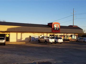 16500 N Western Avenue, Edmond, OK, 73012,