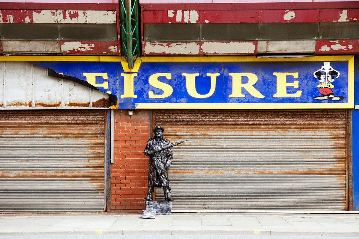 Living Statue In Blackpool