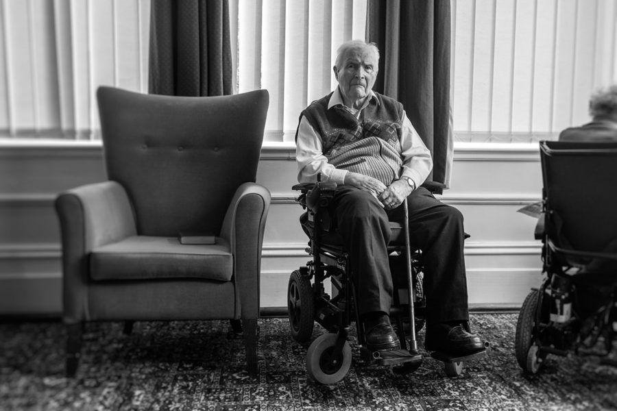 Monochrome portrait of BLESMA resident Arthur Askin