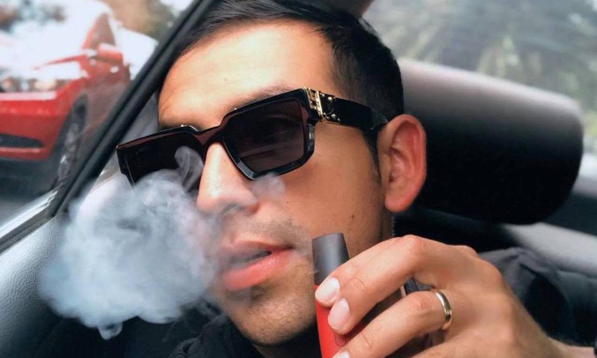 Cigarros electrónicos, influencers se prestan al trabajo sucio.