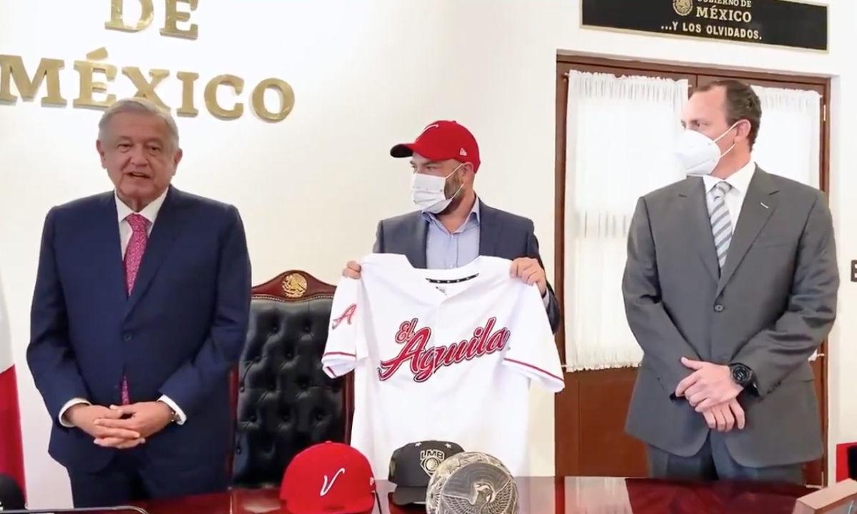 Los negocios de Horacio de la Vega con el deporte.