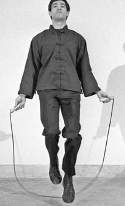 Bruce Lee Workouts: Jump Rope like Bruce Lee