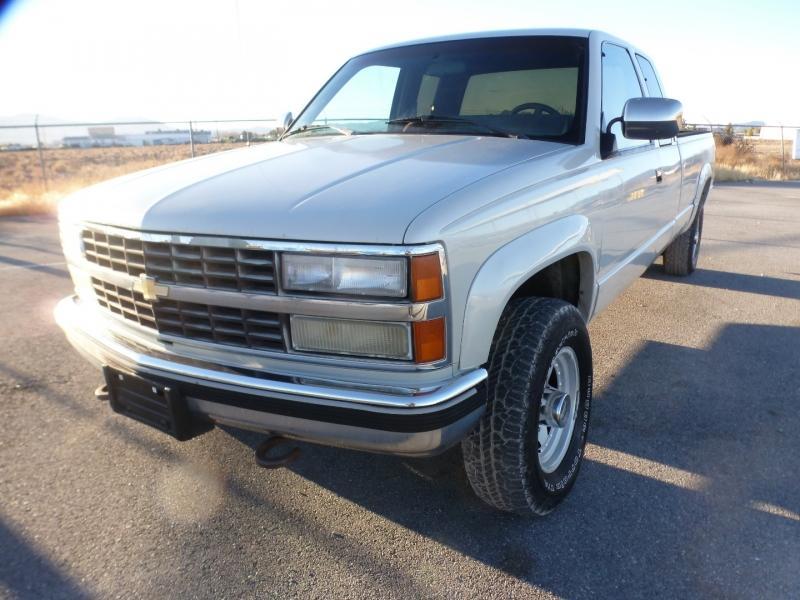 1991 Chevrolet Silverado 2500 [custom paint]