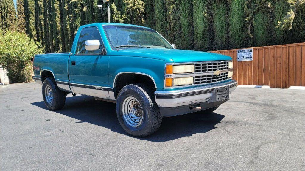 1993 Chevrolet C/K Pickup 1500 Silverado pickup [rust free]