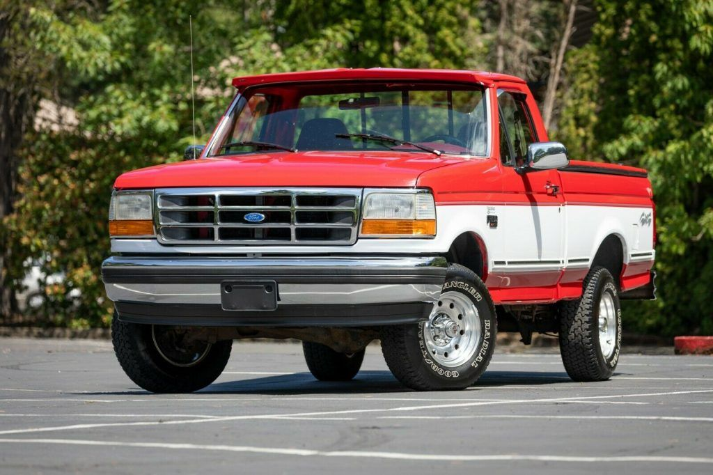 1995 Ford F-150 XLT pickup [well equipped]