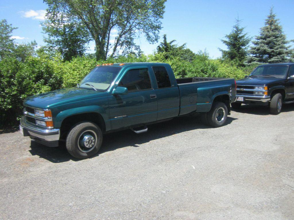 1998 Chevrolet GMT 400 Dually pickup [barn find survivor]