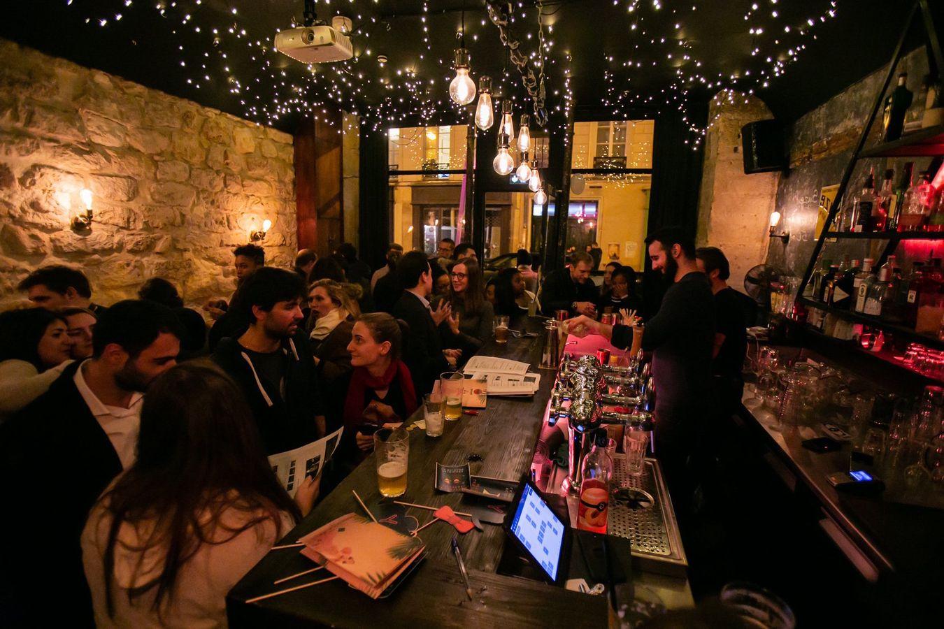 les bars sont meilleurs que les rencontres en ligne
