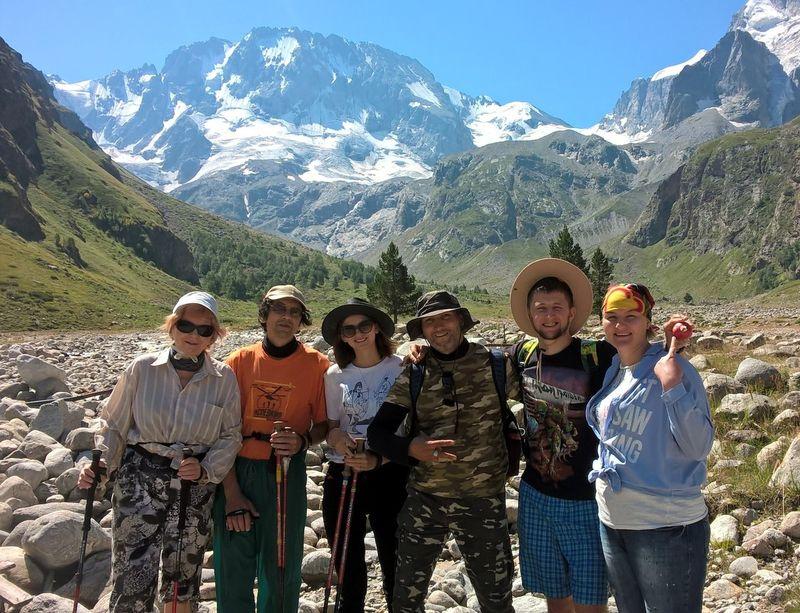 trekking_tur_ekskursionnyy_tur_akvarel_kavkazskikh_gor