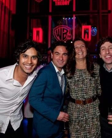Com os rapazes de The Big Bang Theory. Muito divertidos!