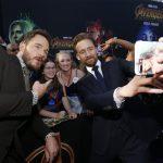 Todas as estrelas de Vingadores: Guerra Infinita no tapete roxo de Hollywood