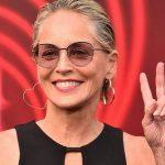 Sharon Stone é excluída de aplicativo de namoro