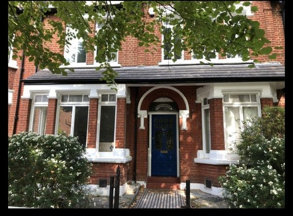 Two Double Rooms in Friendly Garden House