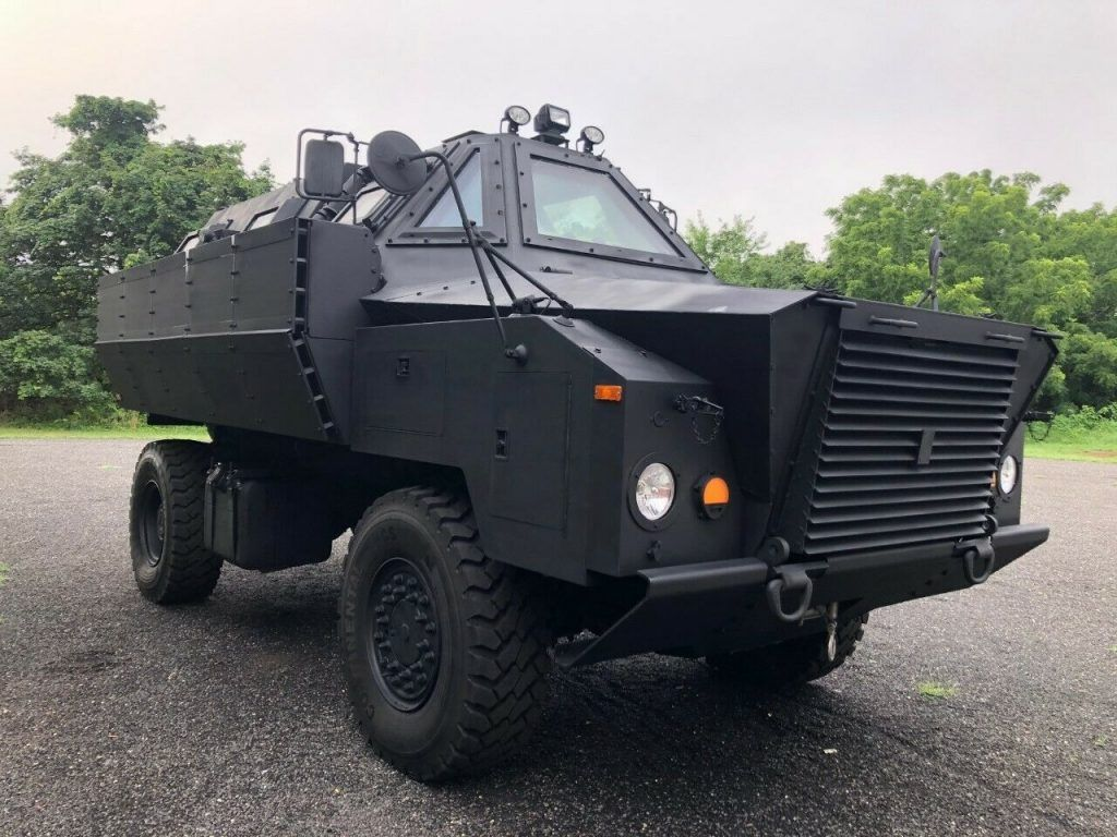 2008 Grizzly Bug Out Vehicle or Highwater Rescue military [fully armored]