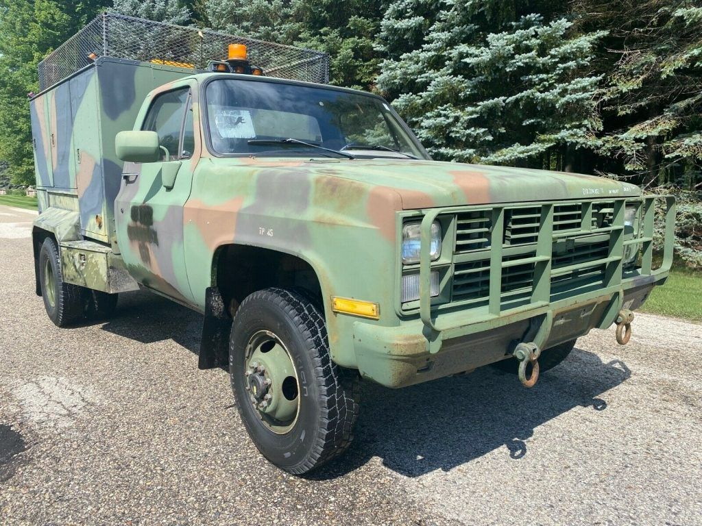 1986 Chevrolet CUCV Dually Service Truck 4×4 military [rare, low miles]
