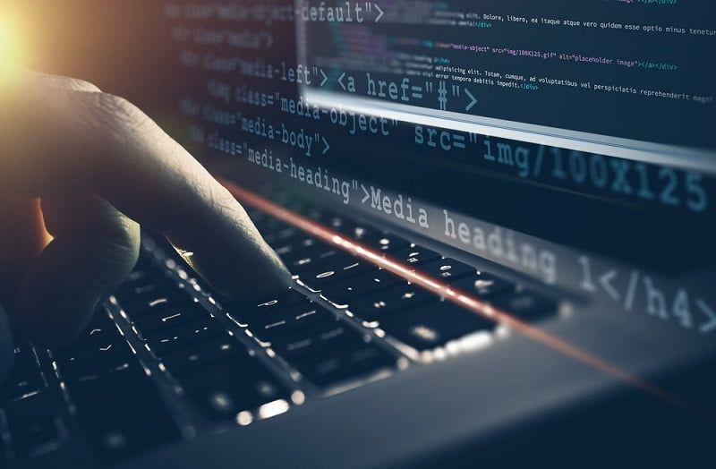 Prospek Kerja Sistem Informasi Full Stack Engineer