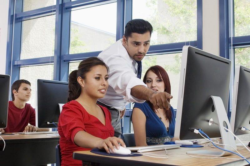 Prospek Kerja Sistem Informasi Guru TIK