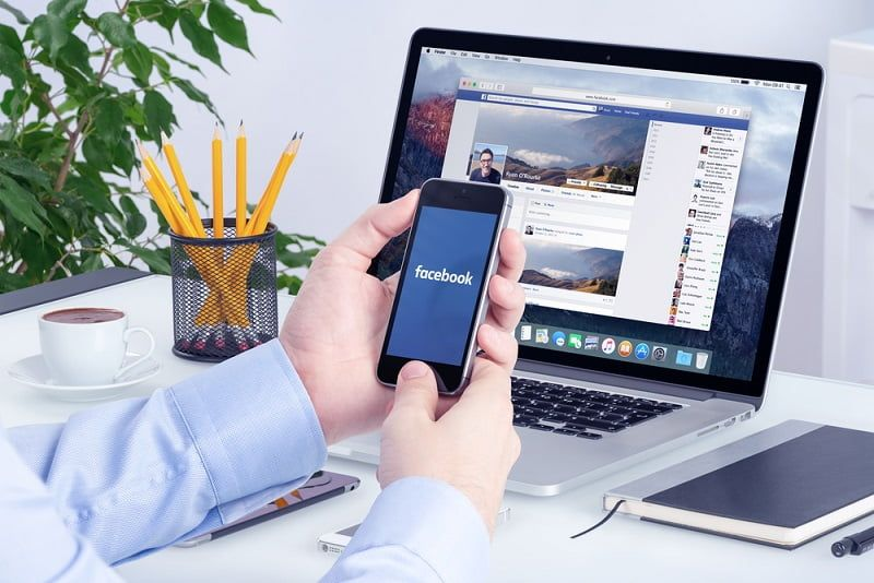 Prospek Kerja Sistem Informasi Social Media Manager
