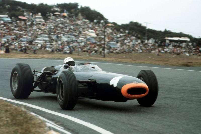 Jackie Stewart (BRM P261).