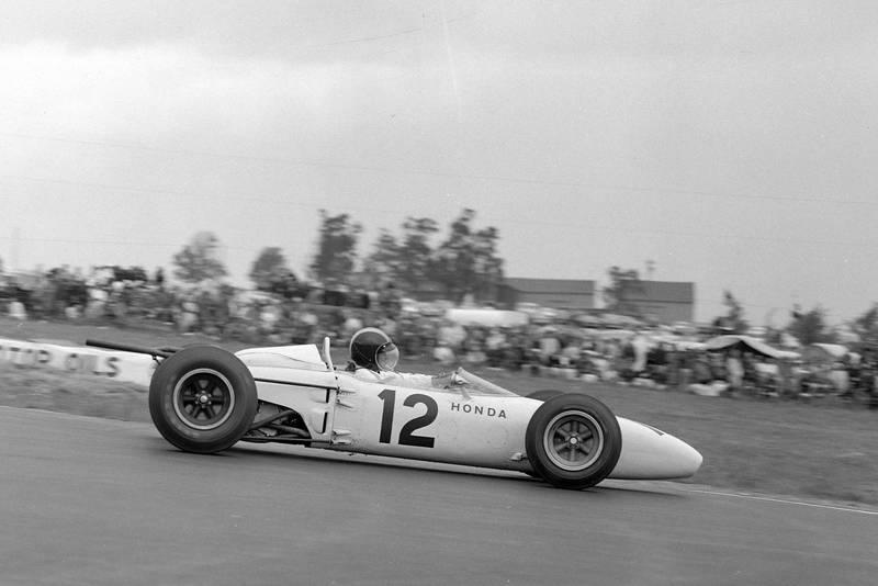 Ronnie Bucknum, Honda RA272.