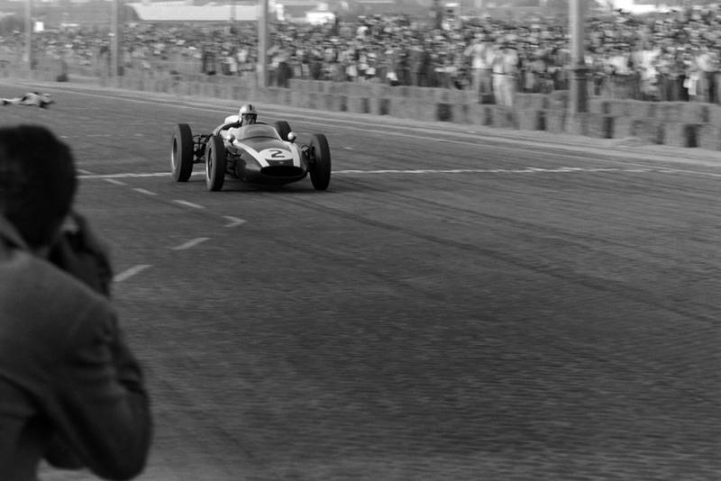 Brabham takes his 3rd consecutive win