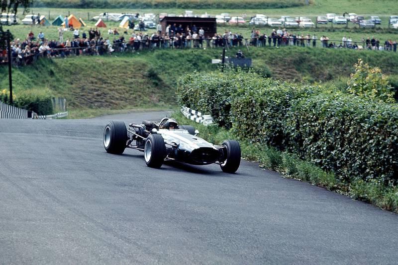Jochen Rindt (Cooper T86 Maserati).