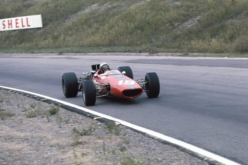 Bruce McLaren (McLaren M5A BRM)