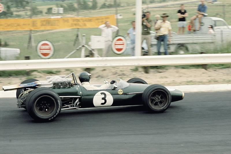 Jochen Rindt (Brabham BT24 Repco).