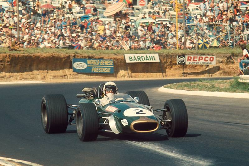 Jack Brabham (Brabham BT24 Repco).