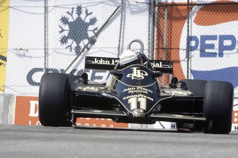 Elio de Angelis in his Lotus 91-Ford Cosworth.