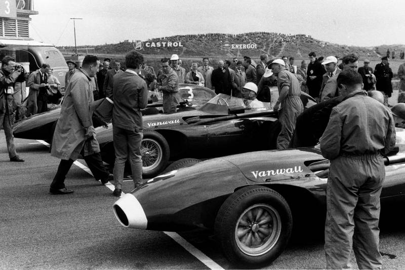 A Vanwall front row, Tony Brooks in VW7, Stirling Moss, in aVW10, and Stuart Lewis-Evans, Vanwall VW5, on the grid before the start.