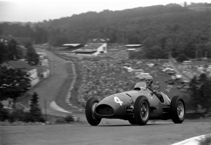 Alberto Ascari tops the hill at Raidillon on his way to a victory with the Ferrari 500 F2 during the Belgian Grand Prix, Spa-Francorchamps, 22nd June 1952. (Photo by Klemantaski Collection/Getty Images)