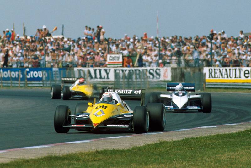 Alain Prost (Renault RE40) leads Riccardo Patrese (Brabham BT53) and Eddie Cheever (Renault RE40).