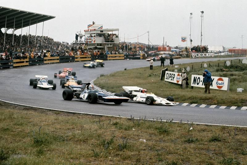 Tyrrell's Francois Cevert battles with Surtees' Rolf Stommelen at the 1971 Dutch Grand Prix
