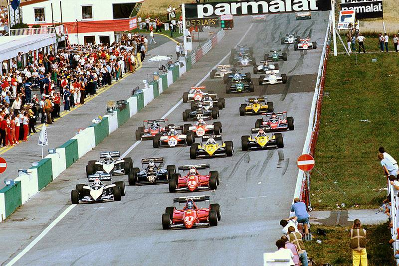 Patrick Tambay (Ferrari 126C3) leads Nelson Piquet (Brabham BT52B BMW), Rene Arnoux (Ferrari 126C3), Nigel Mansell (Lotus 94T Renault) and Riccardo Patrese (Brabham BT52B BMW) at the start.